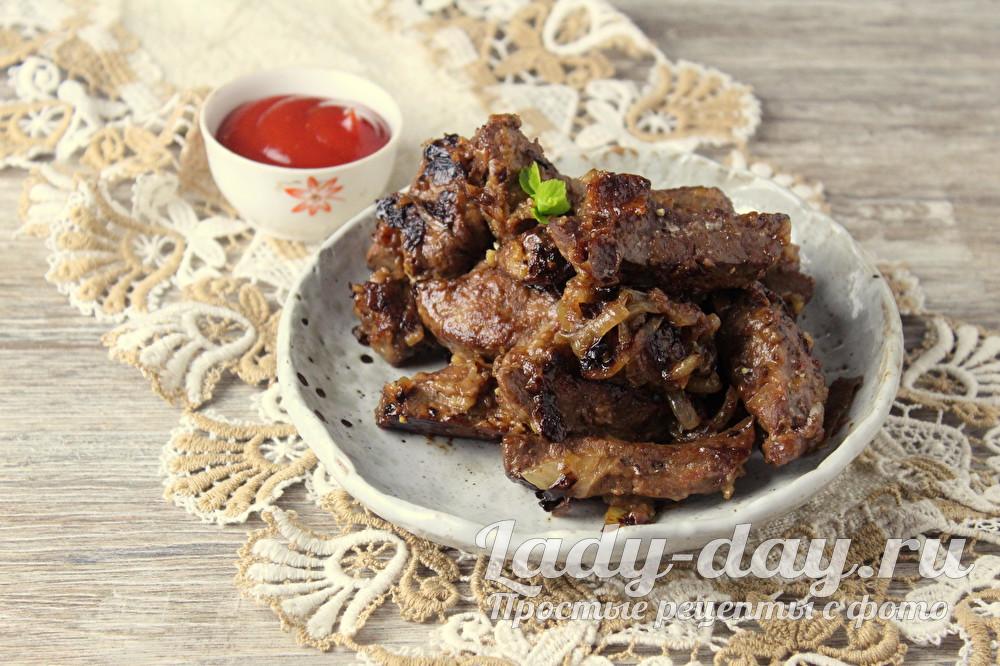 Рецепт говяжьей печени жареной с луком