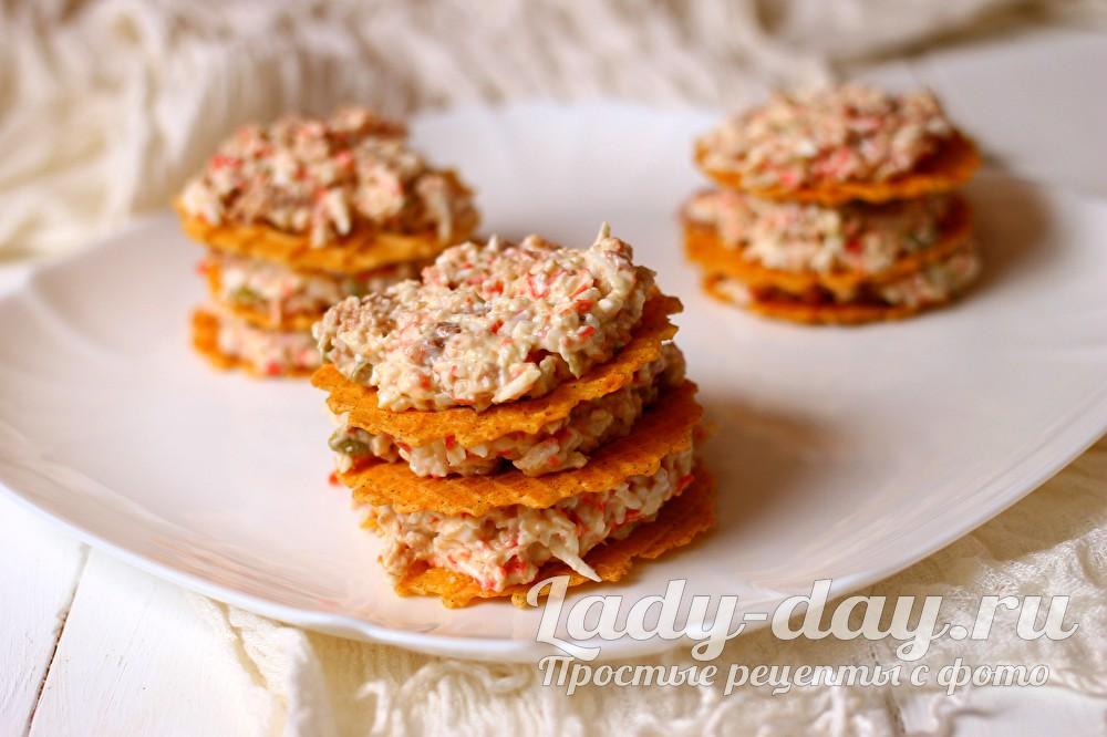 Закуска с печенью трески