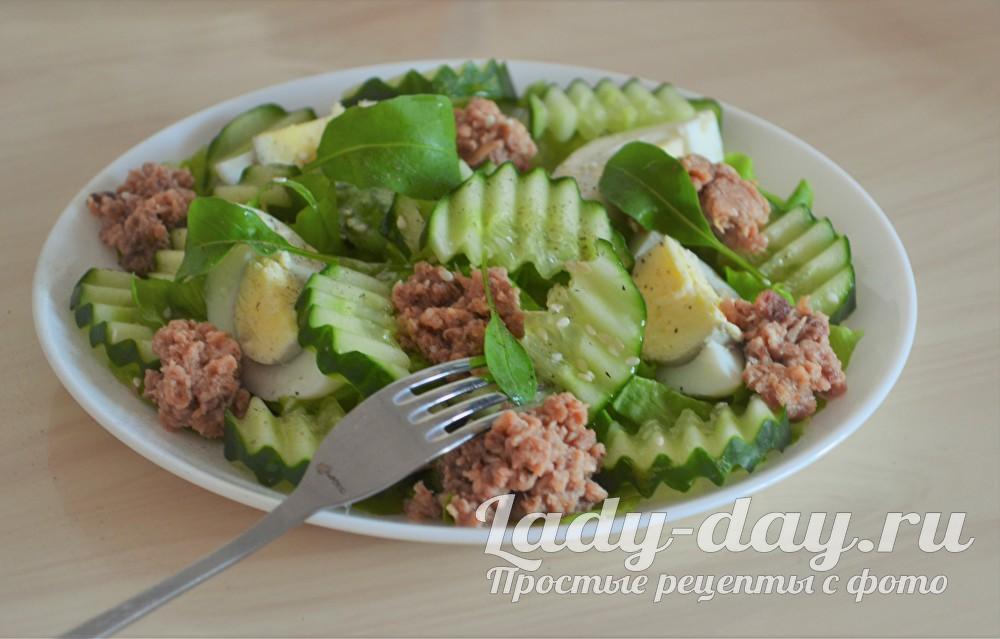 салат с тунцом консервированным фото