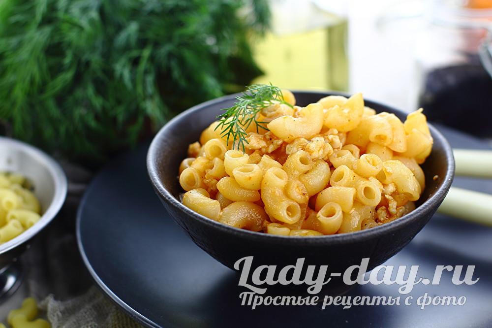 рецепт макарон по флотски с фаршем и томатной пастой на сковороде
