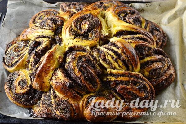 готовый пирог-рулет