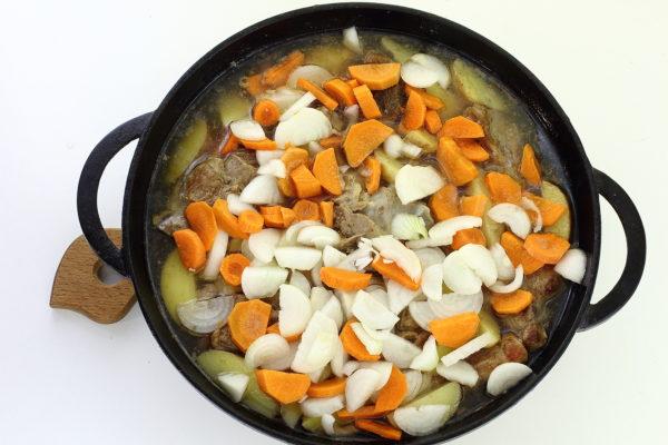 добавим овощи