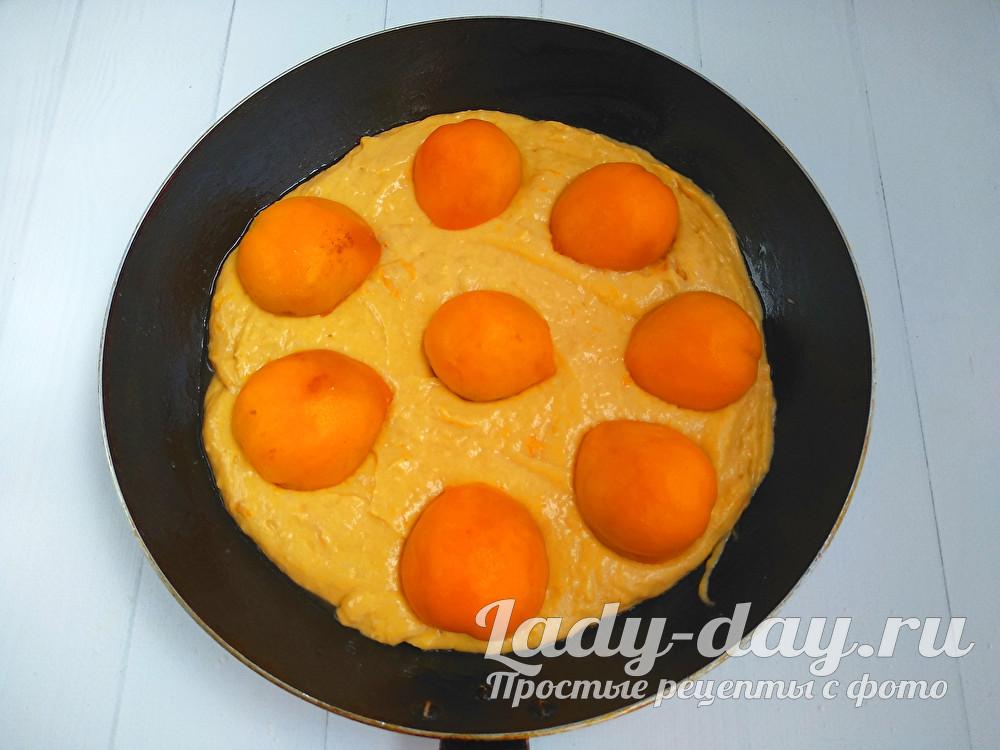тесто с абрикосами в форме