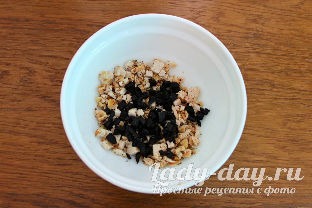 чернослив и грецкие орехи