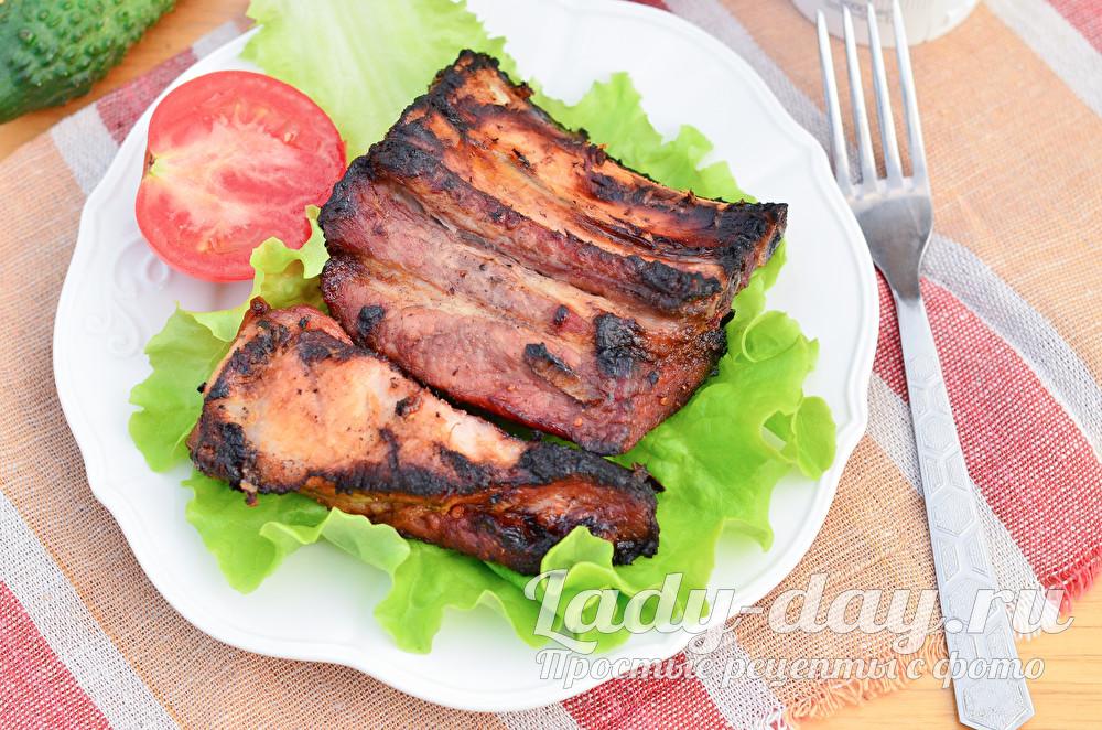 Свиные ребра на мангале, рецепт