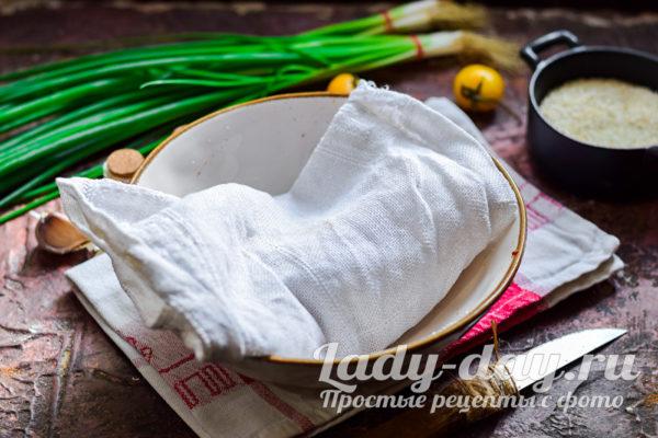 обернуть филе в ткань