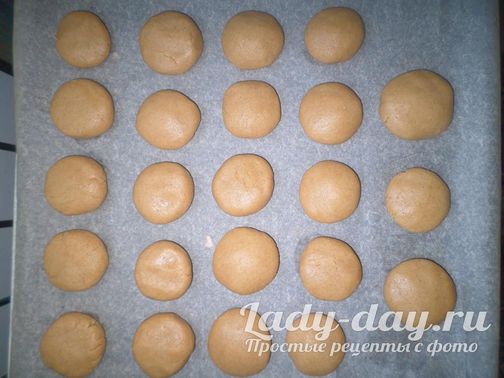 шарики из медового теста