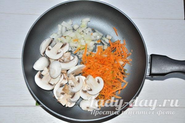 грибы, морковка, лук