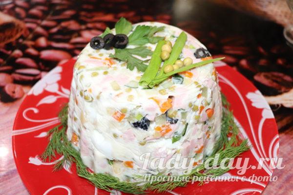 салат Оливье по-новому, рецепт с фото