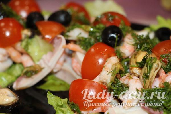 салат с креветками и кальмарами рецепт с фото очень вкусный