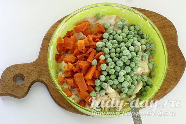 морковь и горошек
