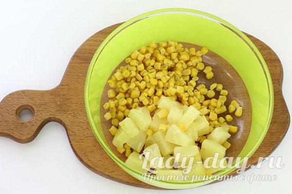 кукуруза и ананасы