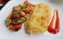 картофельное пюре с луком и морковью