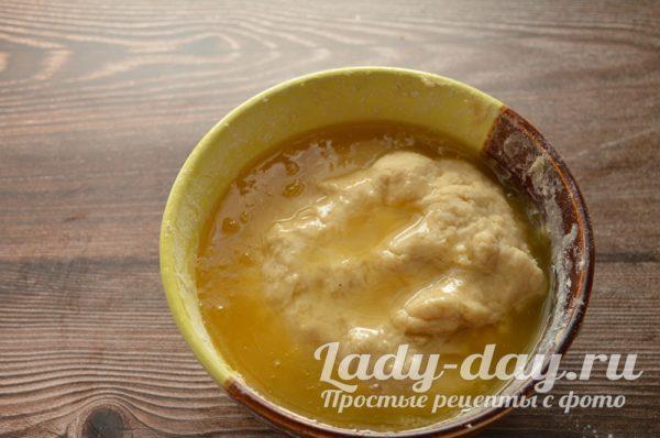 мед в тесто