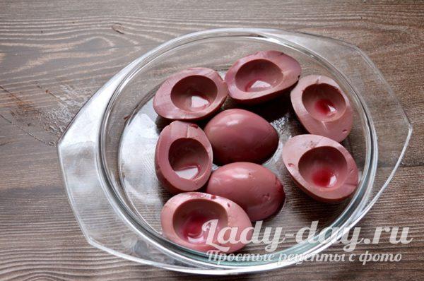 розовые белки от яиц
