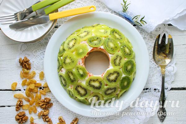 Салат с киви Малахитовый браслет, рецепт