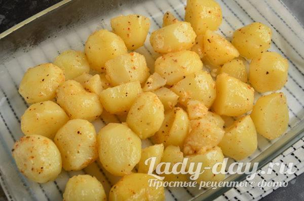 запечь картошку