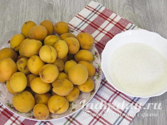 абрикос и сахар