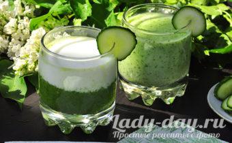Кефир с огурцом и зеленью