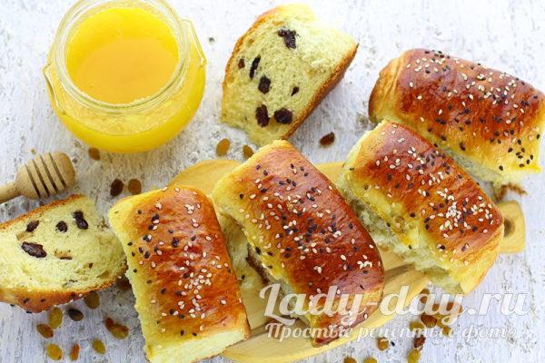 Мягкие и вкусные булочки с изюмом