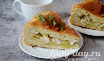 пирог с картошкой и курицей в духовке из дрожжевого теста