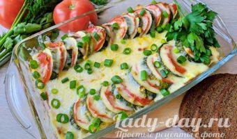 Запеканка из кабачков с помидорами и сыром кружочками