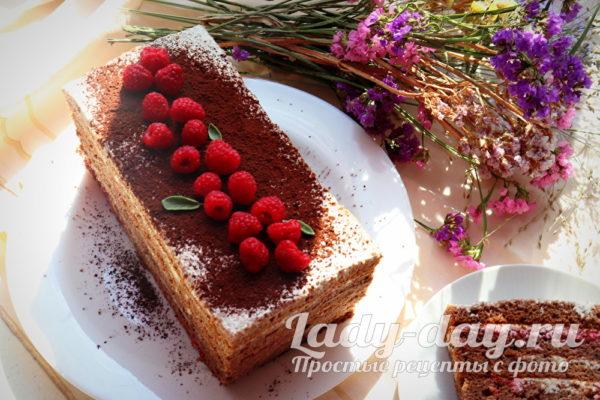торт медовик с малиной