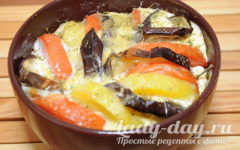 запеканка из баклажанов с помидорами и картошкой и сыром в духовке