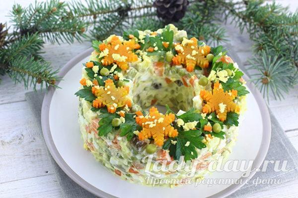 салат рождественский венок рецепт с фото пошагово
