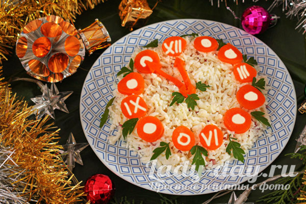 новогодний салат часы
