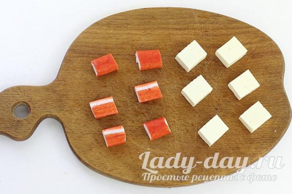 сыр и крабовые палочки