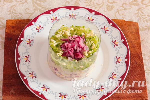 салат в форме