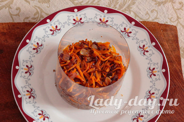 жареный лук и морковь
