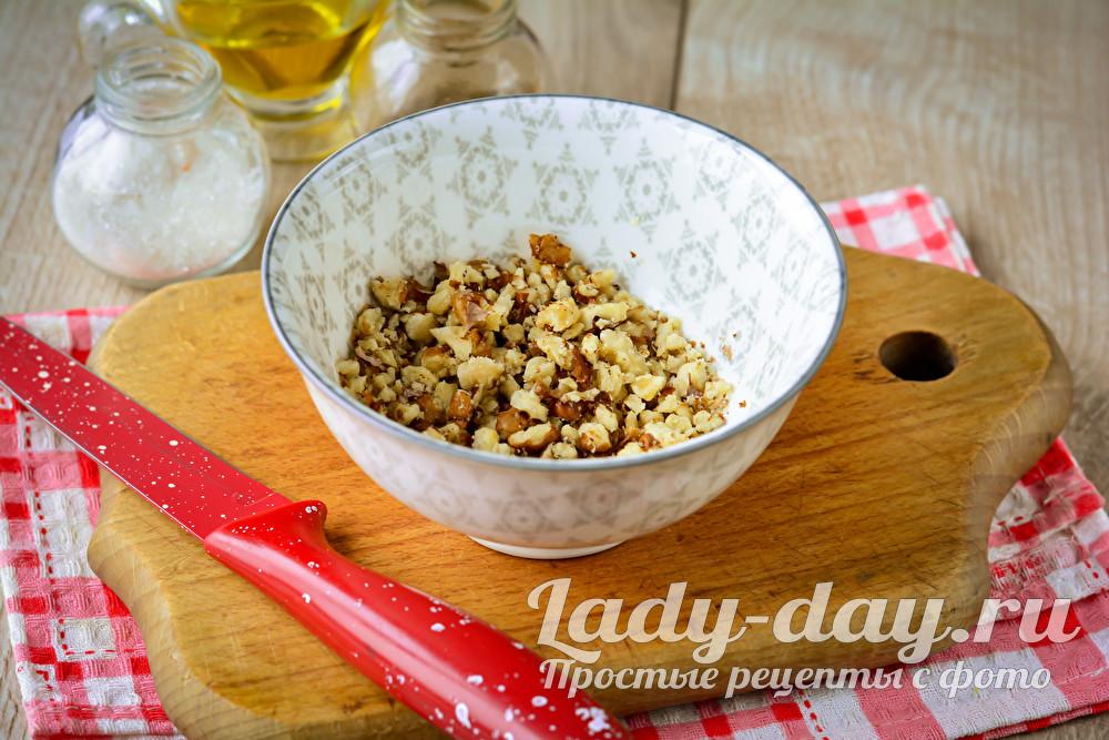нарезать орехи