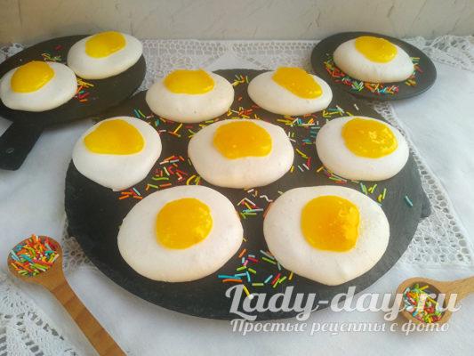 Сладкие яйца для пасхального декора