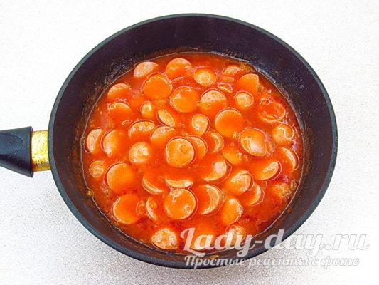 Сосиски в соусе