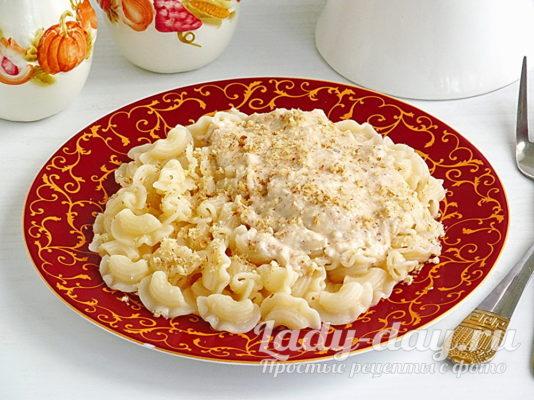 Макароны в сливочно-сырном соусе