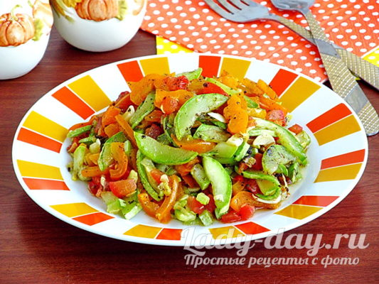 Теплый салат из кабачков и помидоров