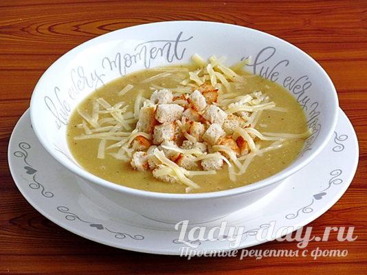 чечевичный суп-пюре из красной чечевицы