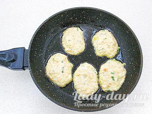 блинчики на сковороде